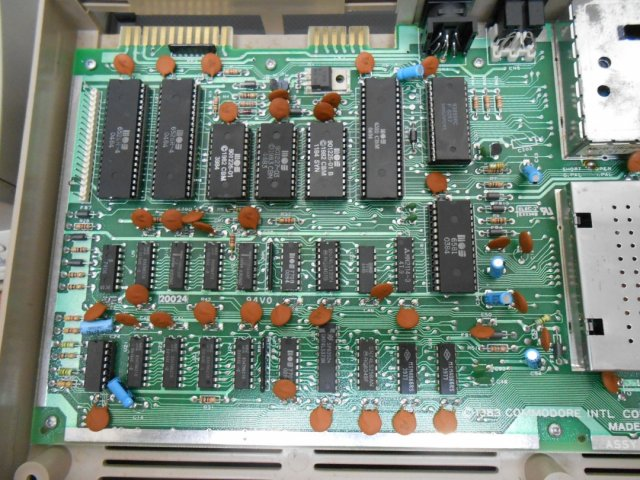 Commodore 64: RAM (RANDOM ACCESS MEMORY) PROBLEMS IN THE C64/128